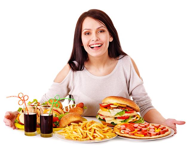 Ăn chậm có thể coi là mẹo đơn giản nhất nhưng lại cho hiệu quả rất lớn.