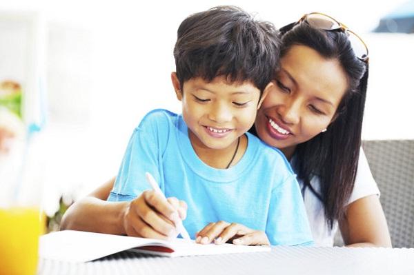 Những điều cha mẹ cần biết để dạy con học lớp 1