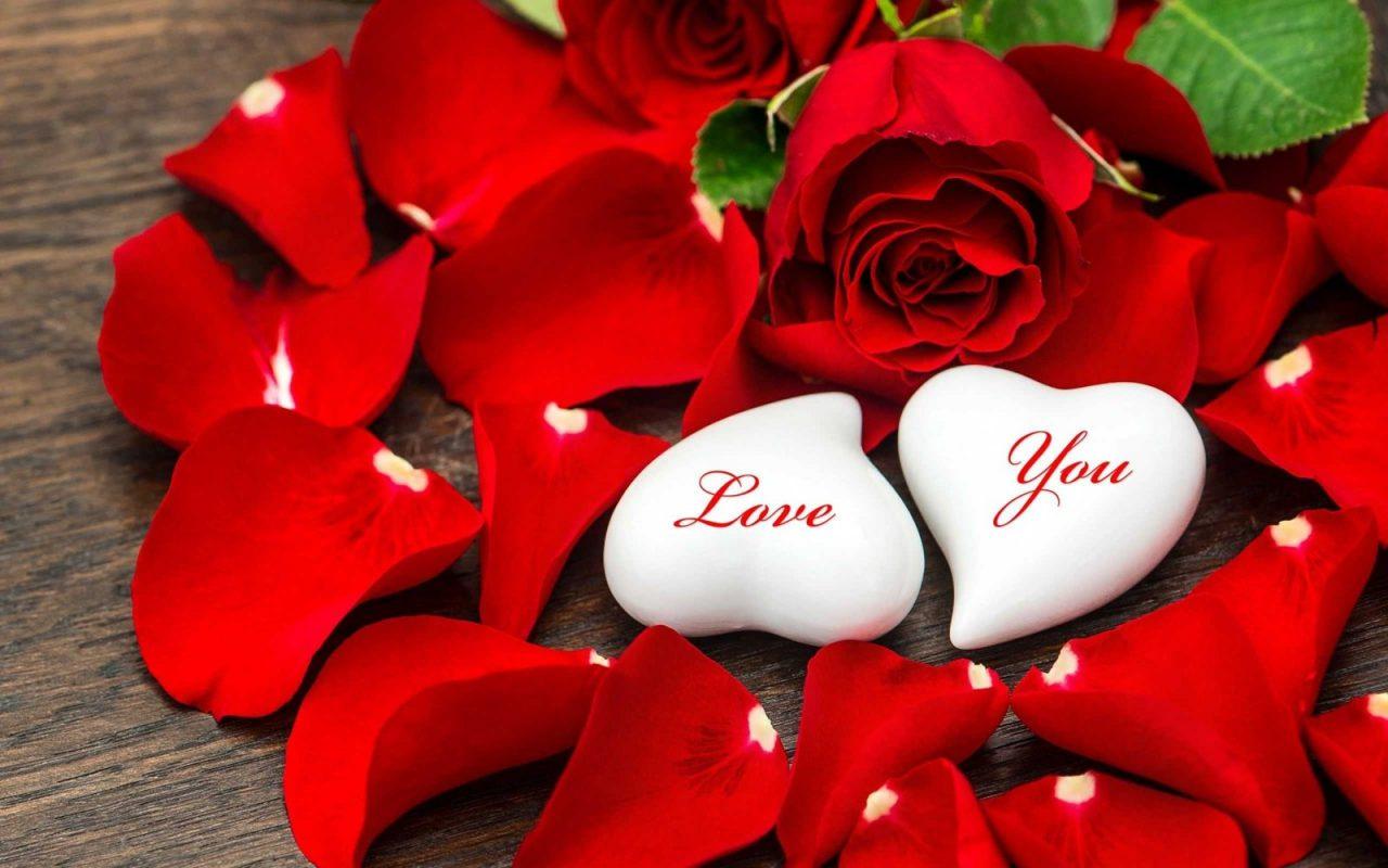 Những câu thơ hay về tình yêu ngắn gọn