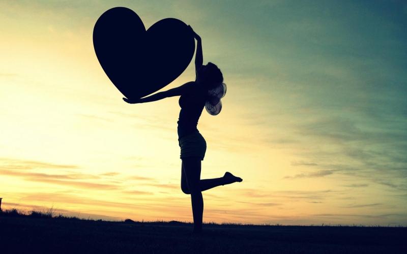 Những câu thơ hay về tình yêu ngắn