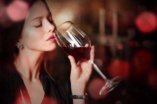 Tuyển tập những bài thơ uống uống rượu hay